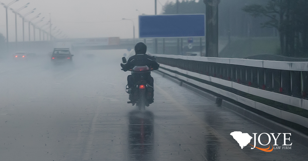 safety tips for riding a motorcycle in bad weather